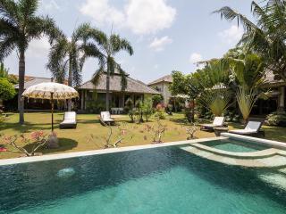 Designer Villa - Oasis of Tranquility, Kerobokan