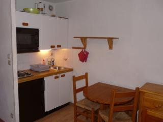 #2 Jolie petit studio avec place de parking, Font-Romeu