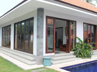 Perfect vacation home in the heart of Lovina, Lovina Beach