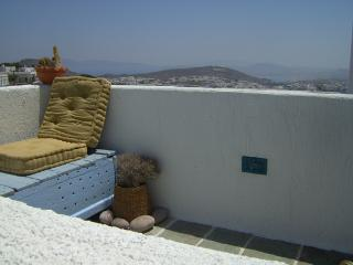 MIMALLIS TRADITIONAL HOUSE (ANOI HOUSE), Milos