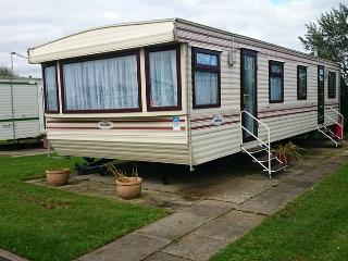 Caravan for Hire - Double glazed & Central Heated, Skipsea