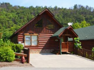 Bear Paws is located in Black Bear Ridge Resort, Pigeon Forge