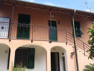 CASA DI GIULIA APPARTAMENTO IN VILLETTA, San Lorenzo al Mare