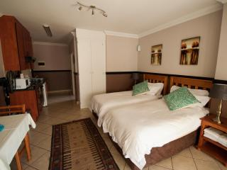 Oakelands Studio Apartments - Studio 57, Pretoria
