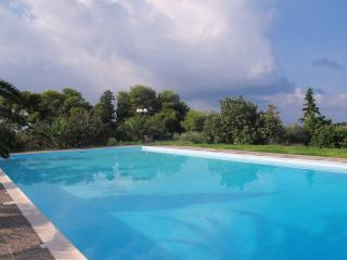 2630-Kokkino Kastro Estate - Aegina
