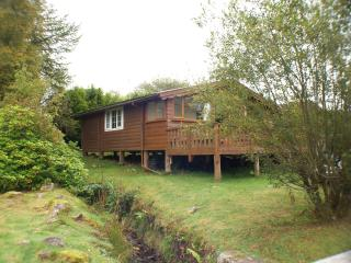 Log cabin with the sound of a babbling brook, Trawsfynydd