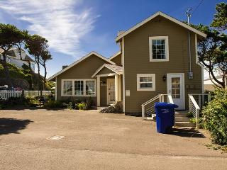 Captain's Place Beach House ~ RA5787, Lincoln City
