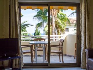Las Mimosas, Beachside 2 Bedroom Apartment La Cala De Mijas, La Cala de Mijas