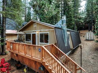 Cozy 2 BR/1BA South Lake Tahoe Cabin