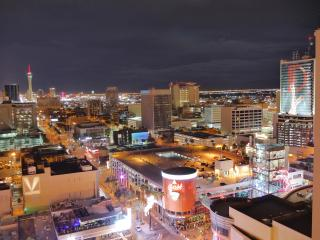Stylish highrise, view condo in Downtown Las Vegas