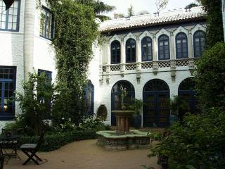 Luxurious Private 7 Bedroom Waterfront Castle Style Mansion Vacation Rental, Hollywood