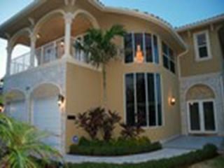 Luxurious Oceanfront Vacation Beach House | Private Pool | Steps to the Beach, Fort Lauderdale