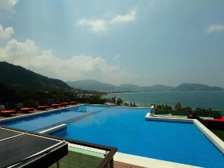 Patong Duplex with Plunge Pool