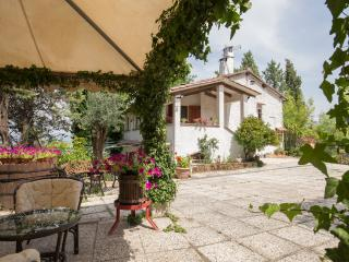 exclusive villa in Umbria's nature