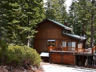 Roomy Rock Rose sleeps 14 ~ RA3457, Incline Village