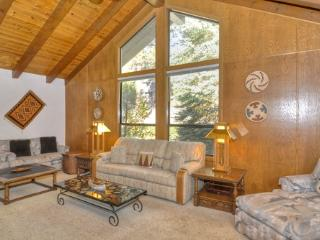 Lakeshore Blvd Grand Retreat ~ RA3412, Incline Village