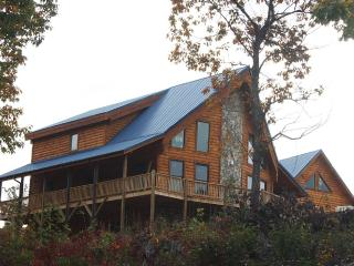 Blue Ridge Mountain View - North Carolina Cabin