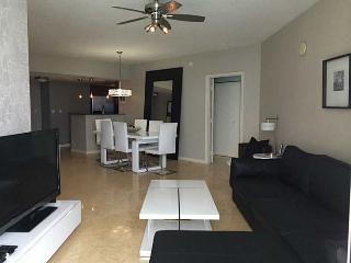 BEAUTIFUL 3 BEDS APT WITH OCEAN AND CITY VIEWS, Sunny Isles Beach