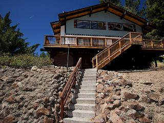 Peaceful and Uncluttered Cabin Situated in Inclines Tyrollian Village ~ RA45057, Incline Village