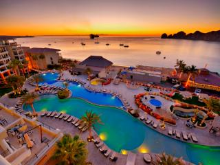 CASA DORADA - Best Swimming Beach in ALL of Cabo, Cabo San Lucas