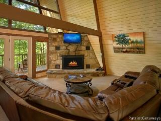 Living Room at Gatlinburg Lodge
