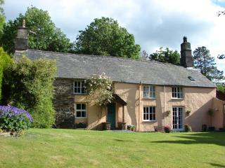 18th century cottage in magical secluded estate, Llan Ffestiniog