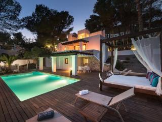 4 bedroom Villa in San Jose, Es Cubells, Ibiza, Ibiza : ref 2132874, Sant Josep de Sa Talaia
