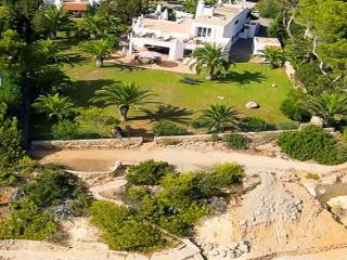 Villa with fireplace,garden Sa, Santa Eulalia del Rio
