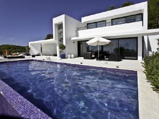 Villa in Santa Eulalia Del Rio, Baleares, Ibiza, Roca Llisa