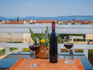 Panoramic View 4* Kastela Apt near Split&Trogir