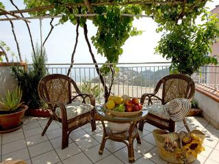 villa in ravello with terrace sea view and parking, Ravello