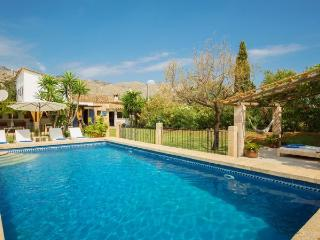 Country House with pool,garden, Cala Carbo
