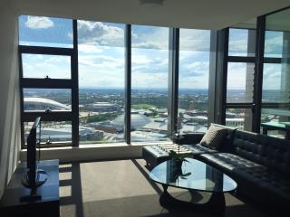 Level 28 Stunning View Morden Apt @ Olympic Park