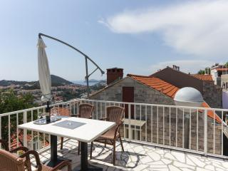 Guest House Kono- One Bedroom Apartment with Balcony and Sea View