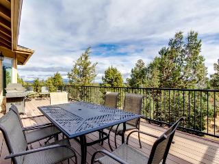3,200 square feet of comfort w/private hot tub, bikes, and a shared pool!