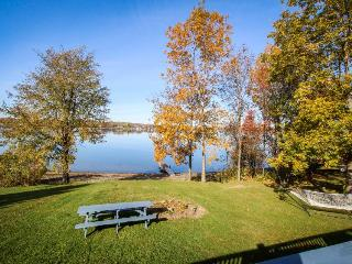 Charming lakefront home w/ private beach and gorgeous views - dogs ok, South Hero