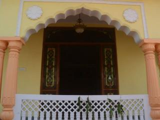 """Court Shekha""- A Regal Home in the Pink City!"