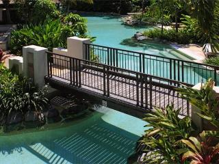 Apartment 160 Sea Temple Port Douglas, Oak Beach