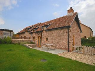 CONCO Cottage situated in Taunton (4mls NE)