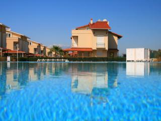 Colm Villa Paradise with Communal Pool, Belek