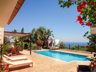 Modern 4 bed villa with amazing Akamas coast views, Latchi