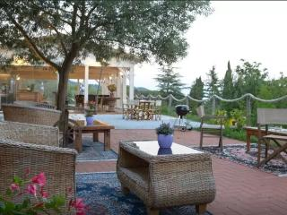 Tuscany Sea & Country View Apartment 2, Fosdinovo