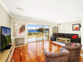 PANORAMIC PARADISE - WATERFRONT UMINA BEACH