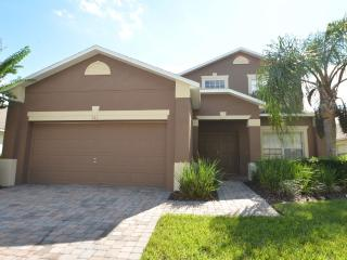 5 Bedroom Pool Home in Westhaven