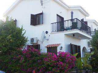Villa Dalriada. Stunning Sea Views. Free Wifi