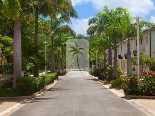 Platinum Coast Contemporary House Pool Beach 3 min from Mullins Beach