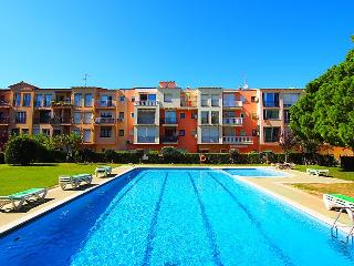 0103-GRAN RESERVA Apartamento con piscinas comunitarias