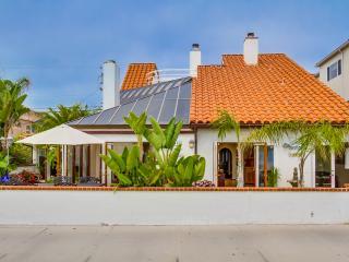 Sunny Bayfront Villa!, San Diego