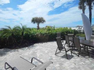 Beachfront Townhouse, Siesta Key