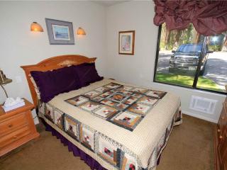 Horizon's 4 #127, 1 Bedroom, 1 Bath ~ RA61033, Lagos Mammoth